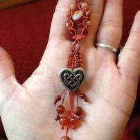 מחזיק מפתחות לב אדום - נמכר, ניתן להזמין דומה
