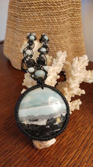 שרשרת אבן אמזונייט למכירה