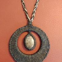 שרשרת אבן קורל מאובן = נמכרה
