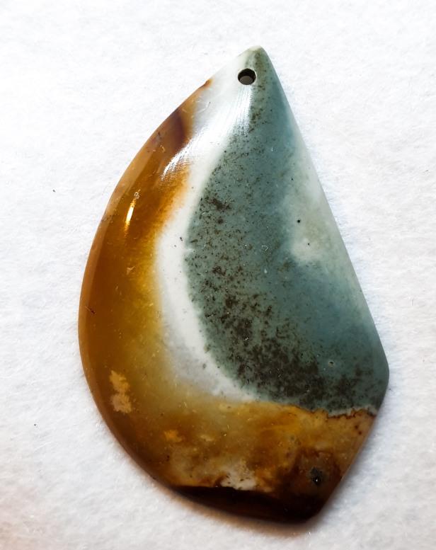 אבן מונוכרום גספר מוחלקת למקרמה