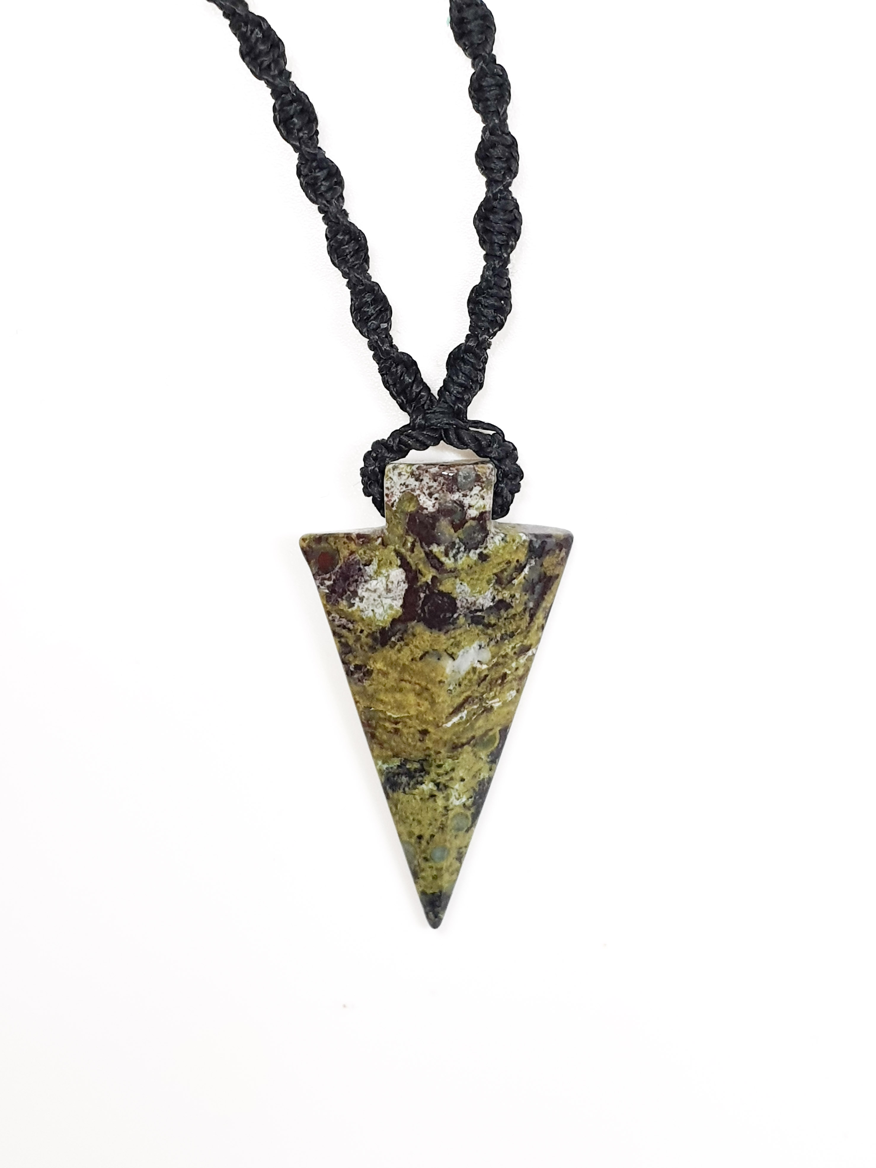 תליון אבן דם הדרקון בצורת חץ נמכר