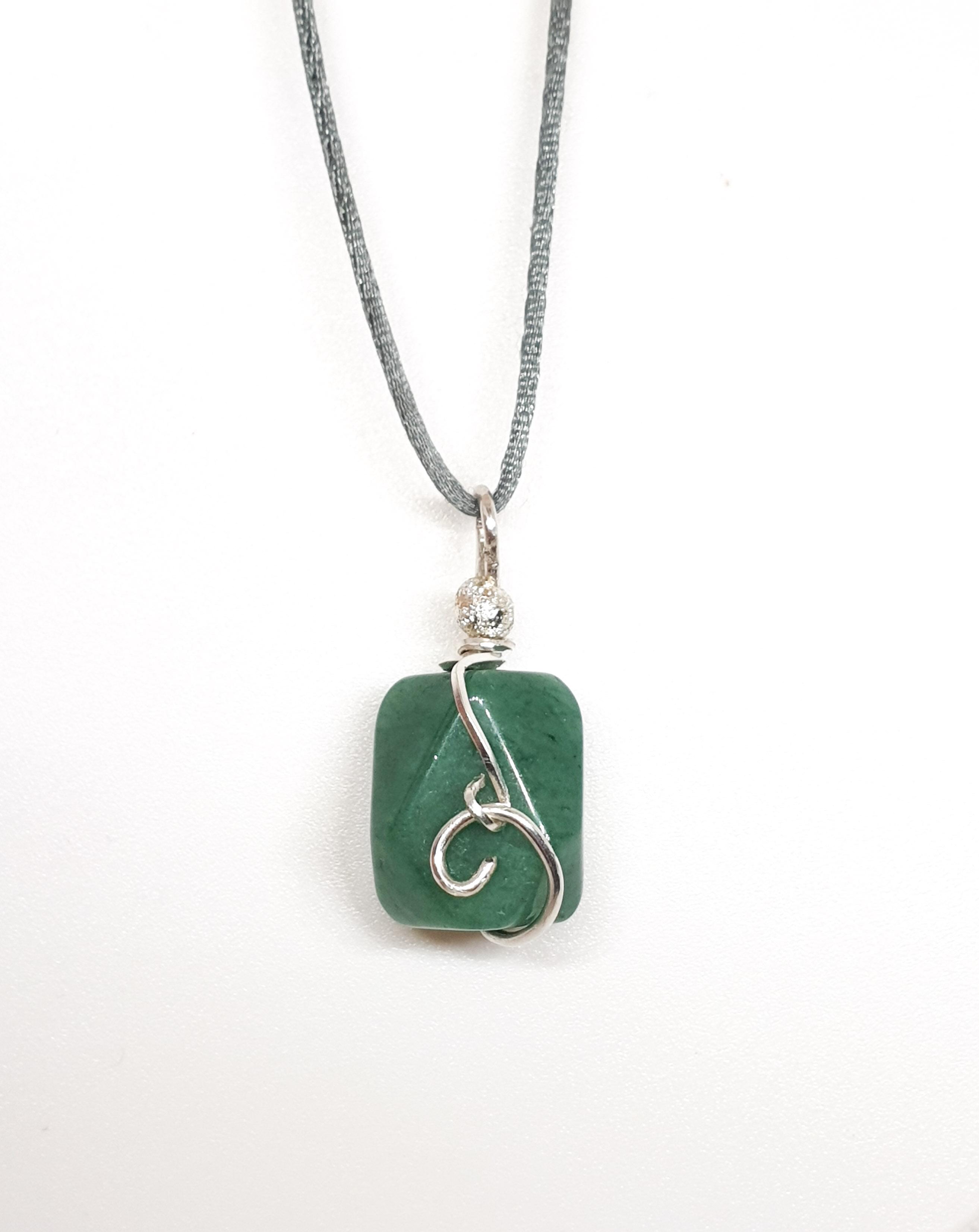 שרשרת אבן ירוקה אוונטורין תליון כסף קטן